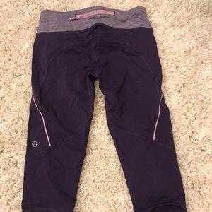 Lululemon purple cropped leggings